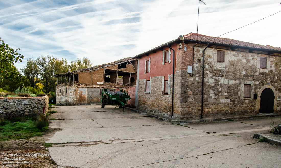 Casa en piedra adobe y madera calle de las eras - Casas de piedra y madera ...
